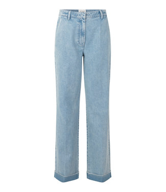 Second female Jeans Beirut, Pale sky blue