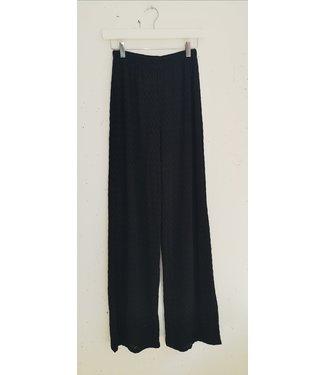 Pants wide V pattern, Black