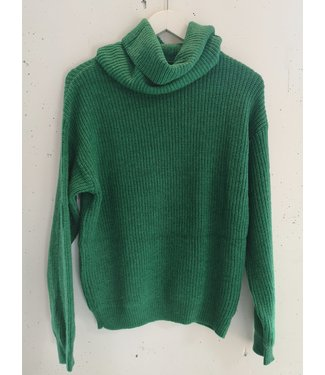 Sweater knitted big col, Grass green