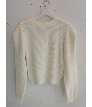 Sweater knitted shoulders, White