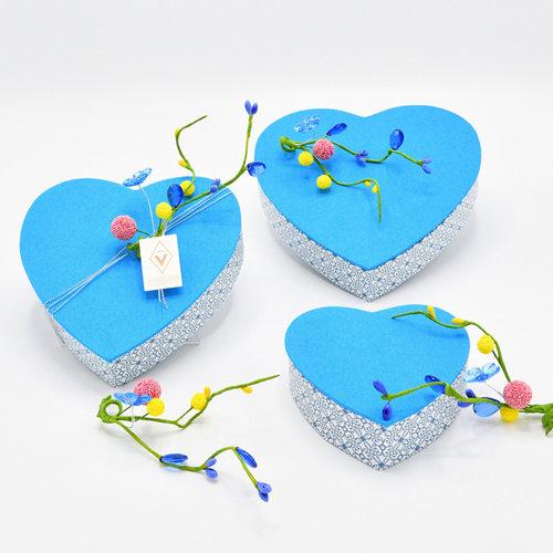 Hemelsblauw hart - groot (18cm)