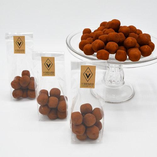 Marsepein omhuld met cacaopoeder 100 gr