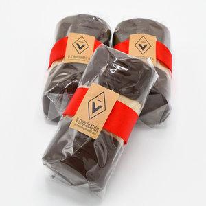 Marsepein - bûche omhuld met pure chocolade
