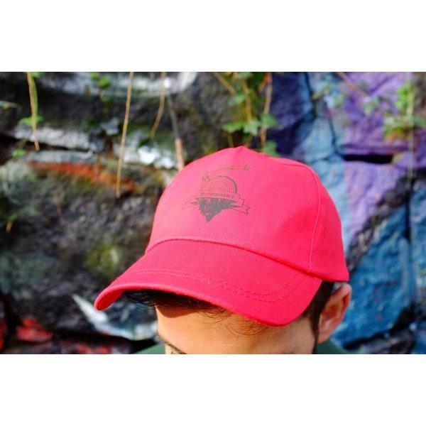 Kiefernrausch leichtes Cap in rot mit Holzer-Logo-Aufdruck