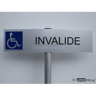 Parkeerbord Invalide op paal