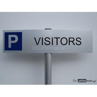 Parkeerbord Visitors op paal