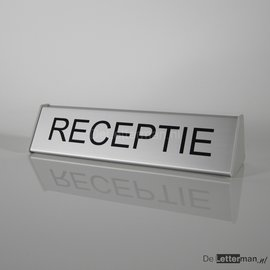 Receptiebordje compleet met tekst of naam