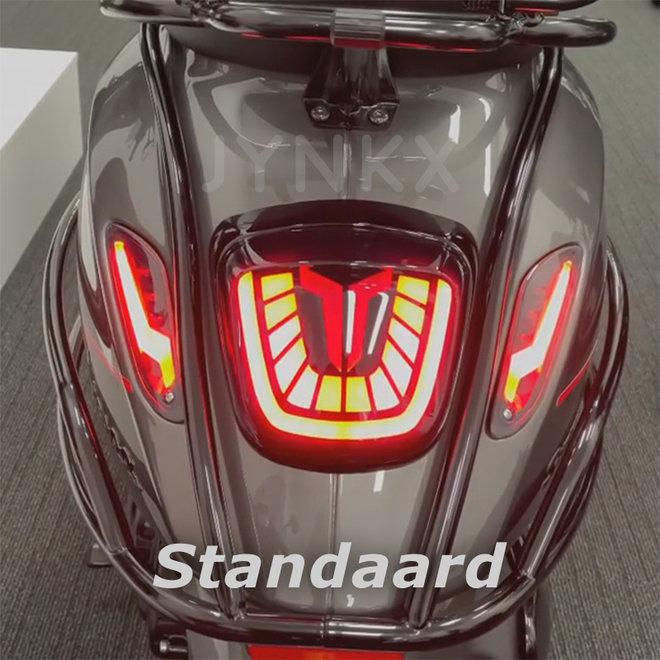 Achterlicht Aplus ''bull'' standaard Vespa Primavera / Sprint LED tube smoke
