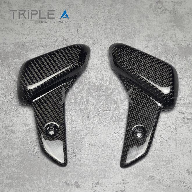 Carbon fiber voetsteunen Vespa Primavera / Sprint - Triple A