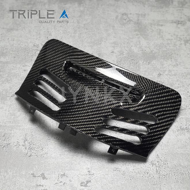 Carbon fiber bougiekap model 3 Vespa Primavera / Sprint - Triple A