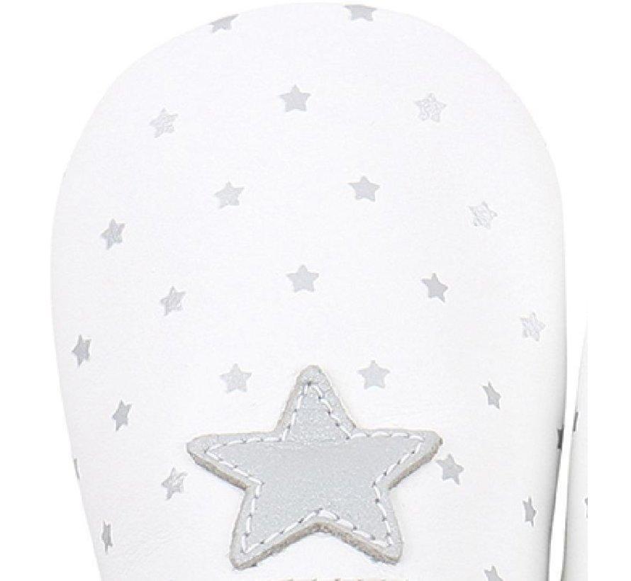 Bobux Soft Sole babyslofjes | White with Silver Star Print 4324