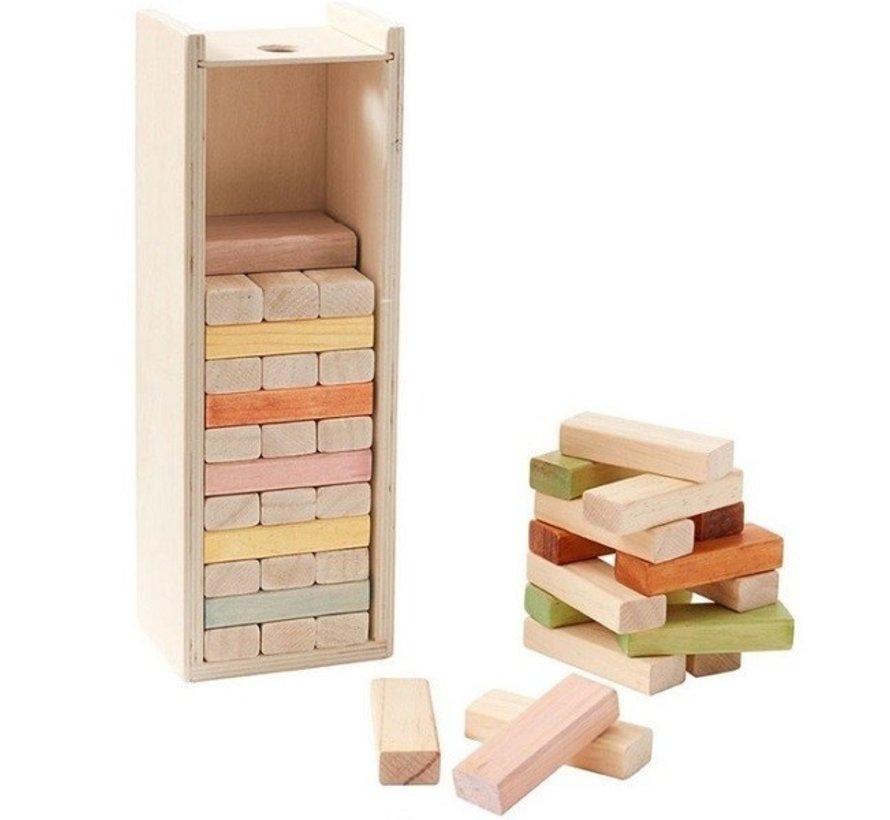 Houten blokjes in houten doos