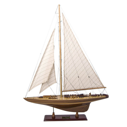 Authentic Models Endeavour Classic Wood