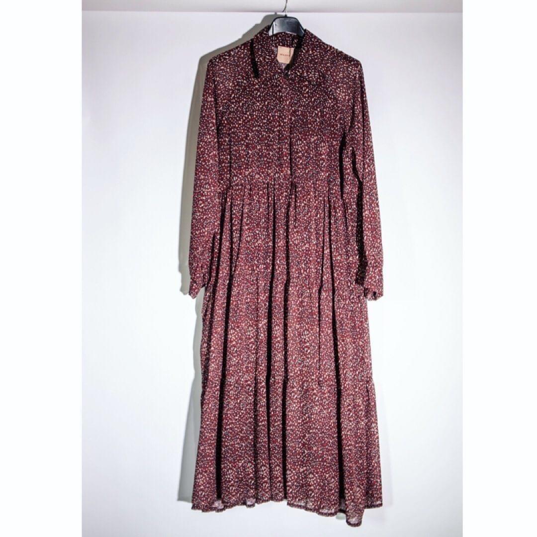 Bordeaux rode, lange wijde jurk met print