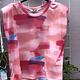 Tie dye shirt roze met schoudervulling