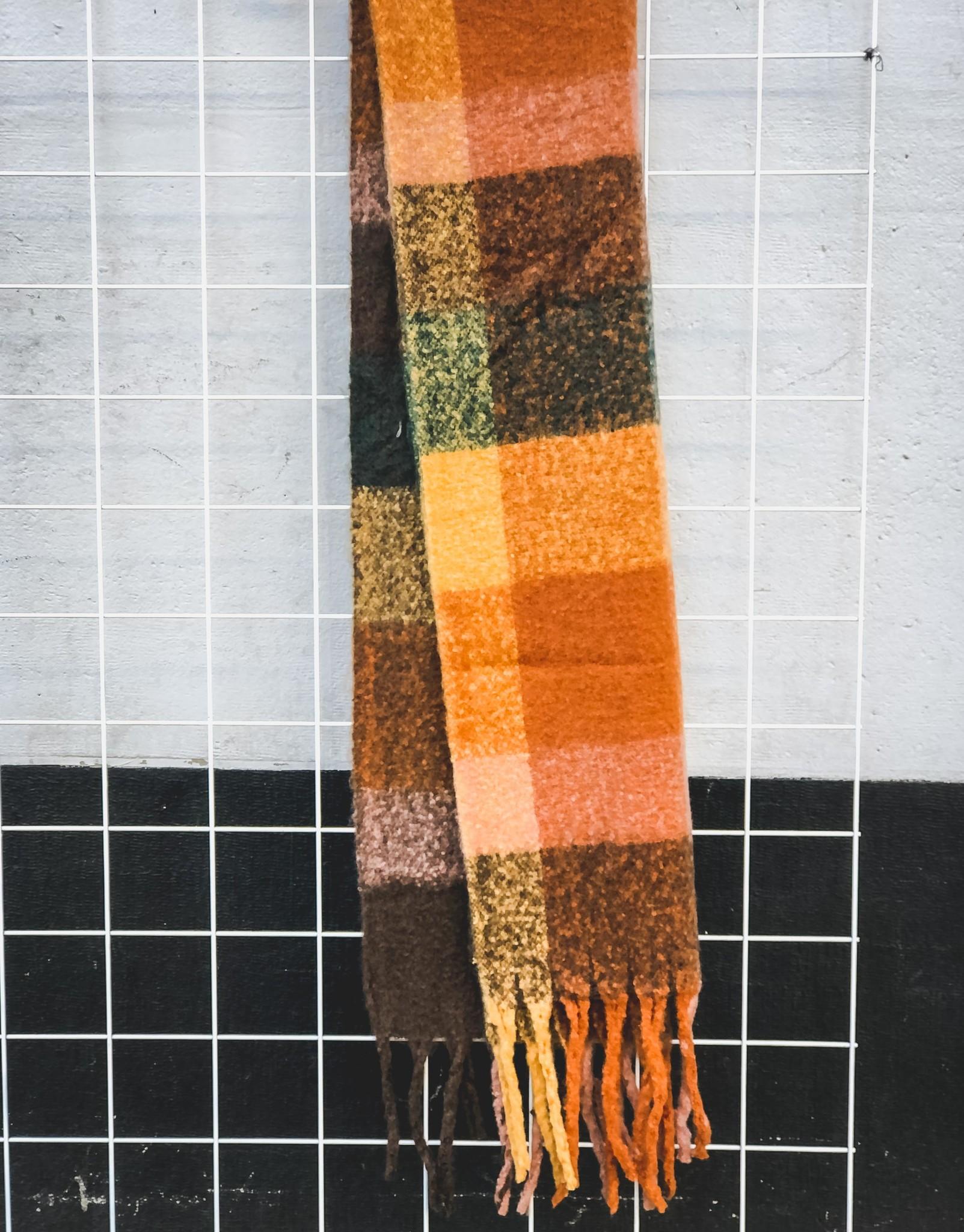 Sjaal Lucy