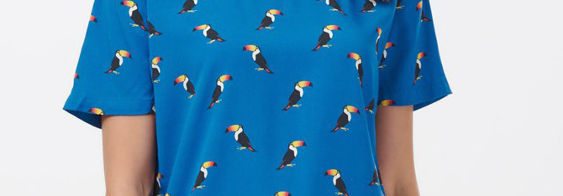 Tilda top Blue Toucan