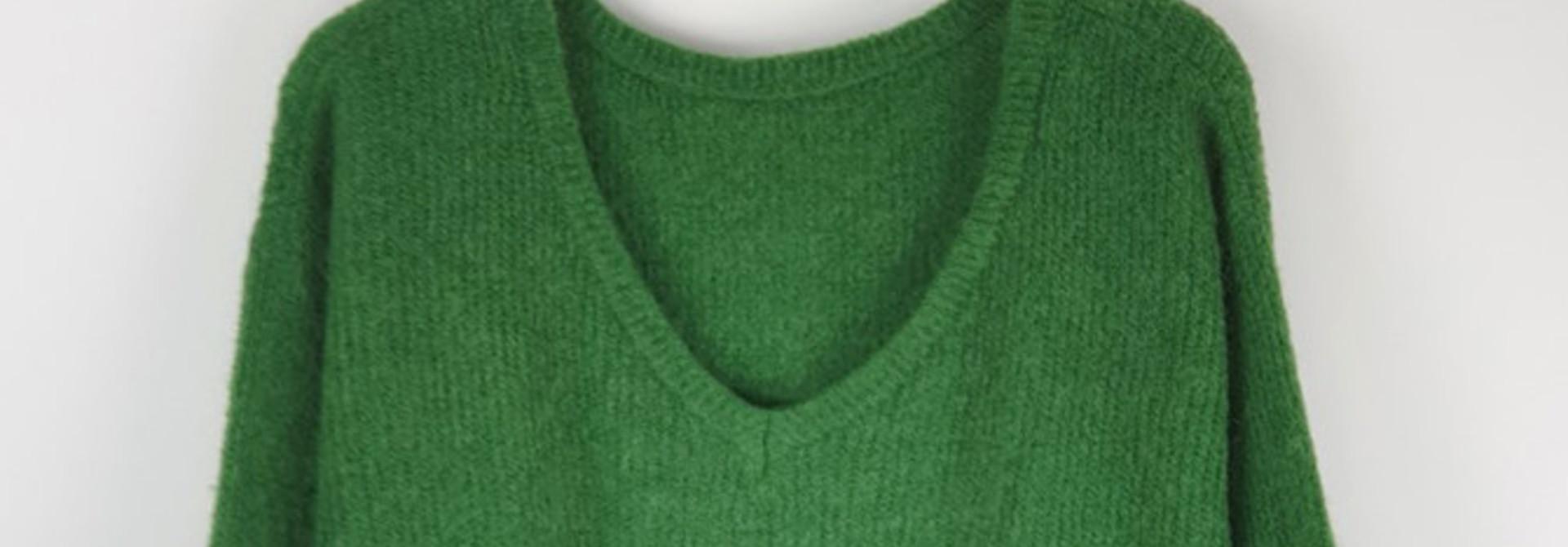 Loren reversible V-neck knit Bottle Green
