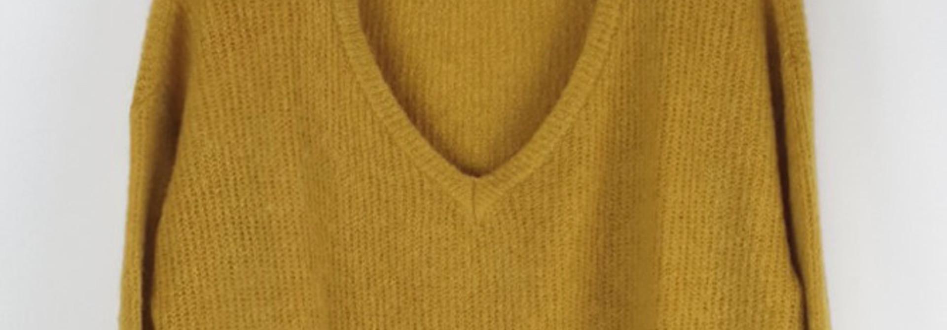Loren reversible V-neck knit Ceylon Yellow