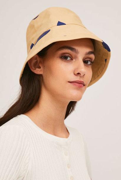 Blue heart  classic bucket hat Beige