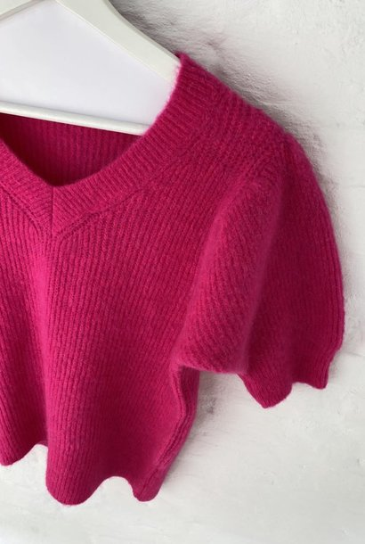 Katey soft knitted t-shirt Fushia