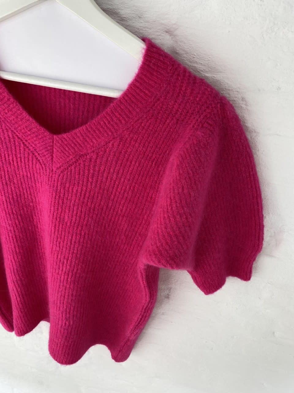 Katey soft knitted t-shirt Fushia-4