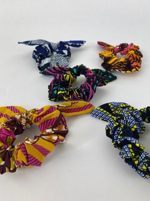 Foma bow scrunchie Cobalt-3