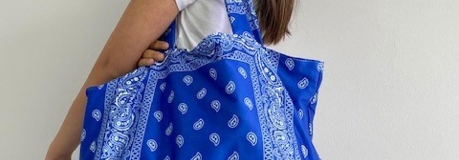 Kaylee satin bandana shopper Cobalt