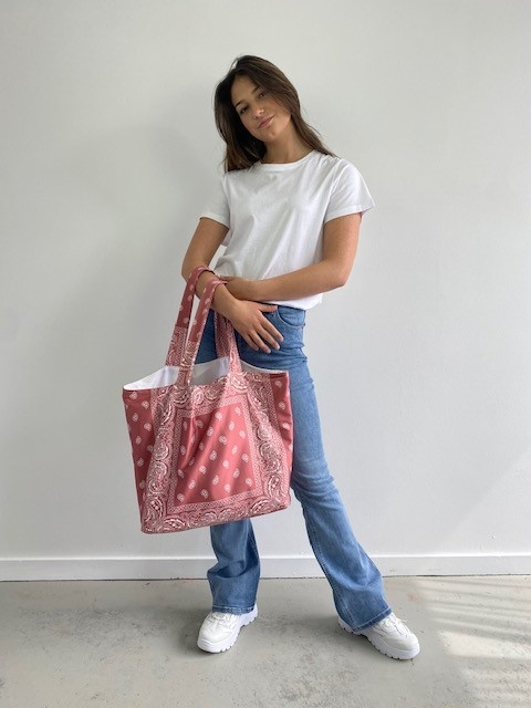 Kaylee satin bandana shopper Blush-2