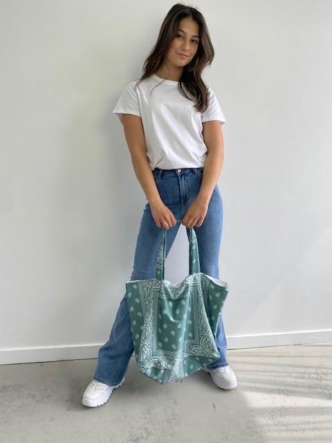 Kaylee satin bandana shopper Blossom Green-1