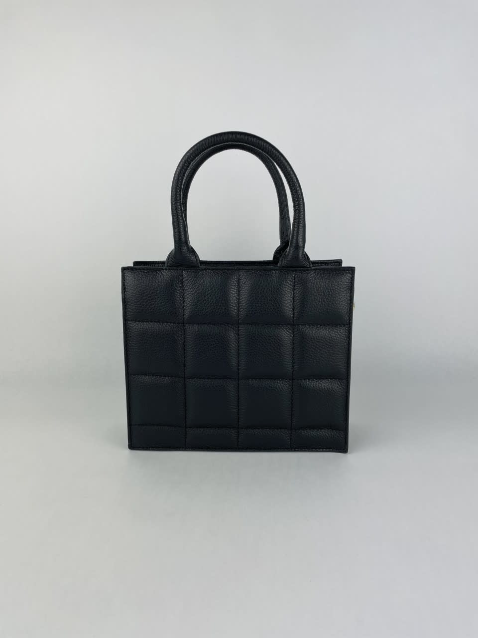 Metora leather bag Black-1