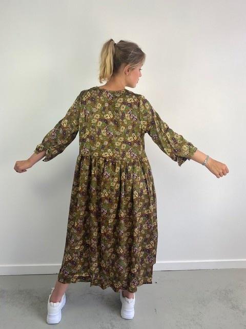 Noëllin satin midi dress Camel-4