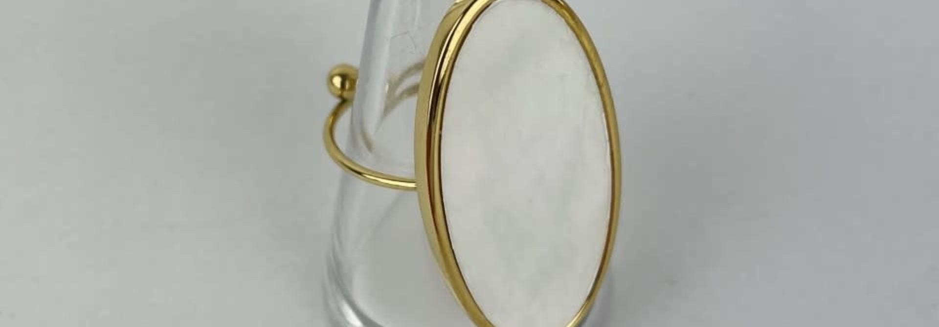 Vörhus oval Pearl White