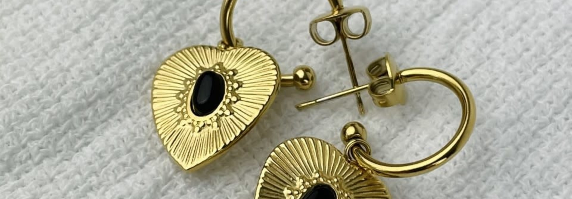 Tita heart earrings Black