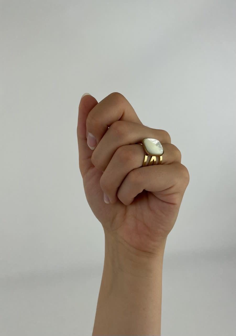 Zegera squared ring Pearl White-3