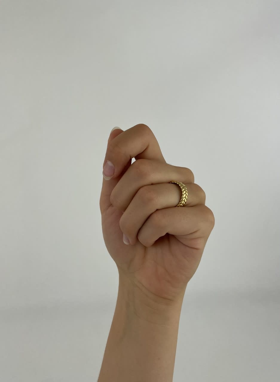 Izelle brained ring gold-3