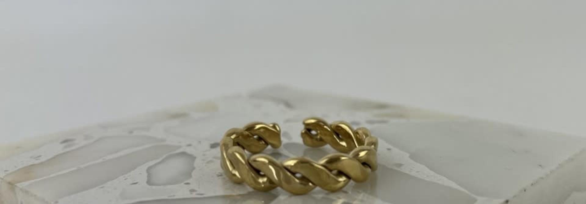 Jaida chain ring Gold
