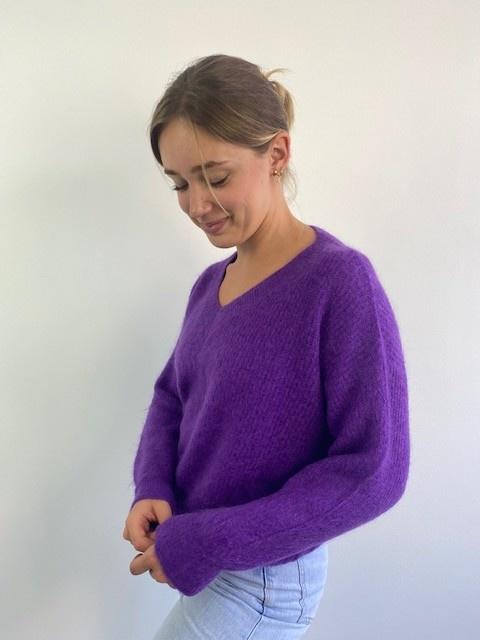 Louna v-neck knitted pull Bright Purple-1