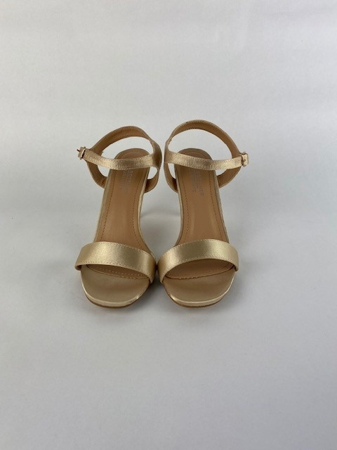 Lily pump Gold-1