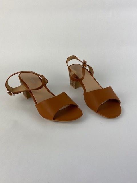 Claretta sandal Camel-1