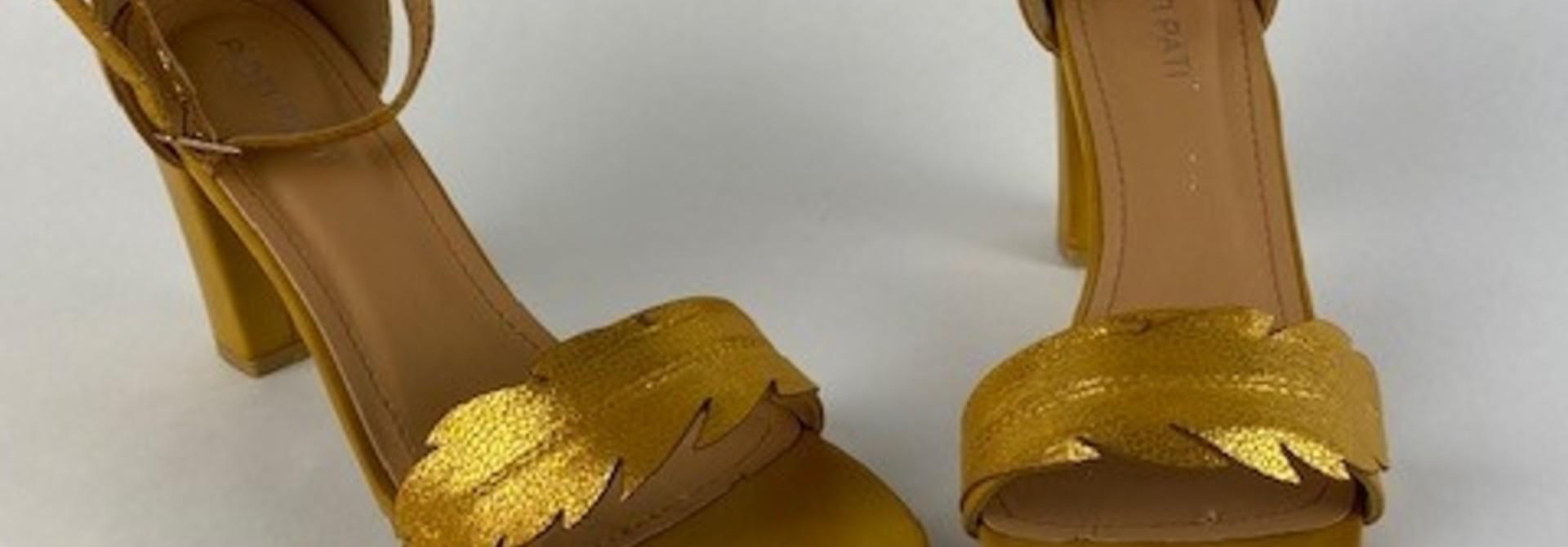 Lucile feader sandal Oker