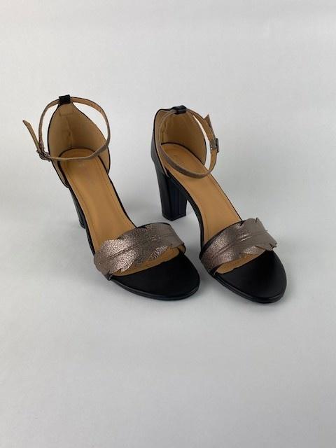 Lucile feader sandal Black-3