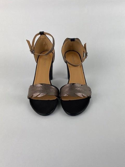 Lucile feader sandal Black-2