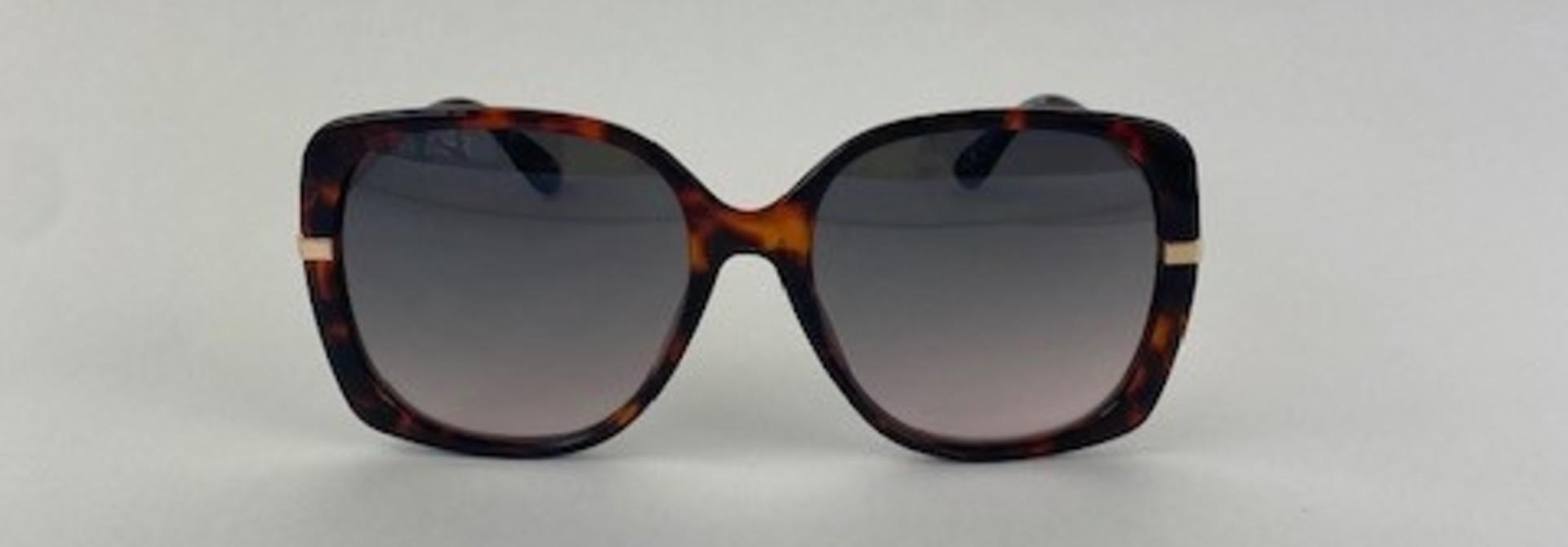Jü-Jü sunglasses Havana