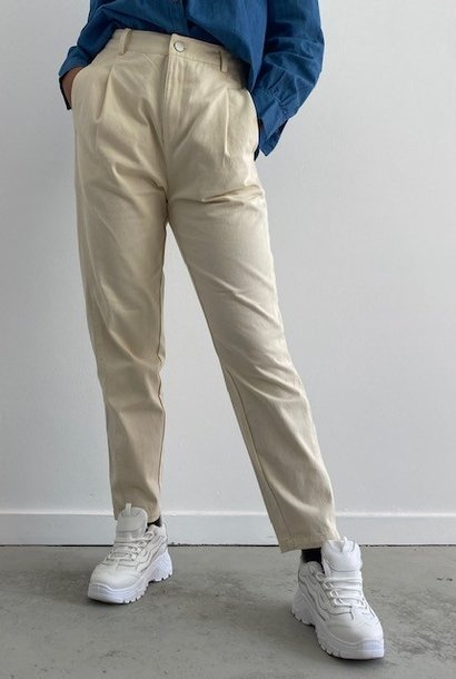 Barbea mom fit pant Almond