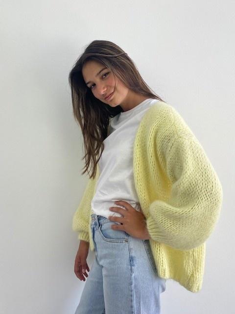 Jelisa oversized short bernadette Soft Yellow-1