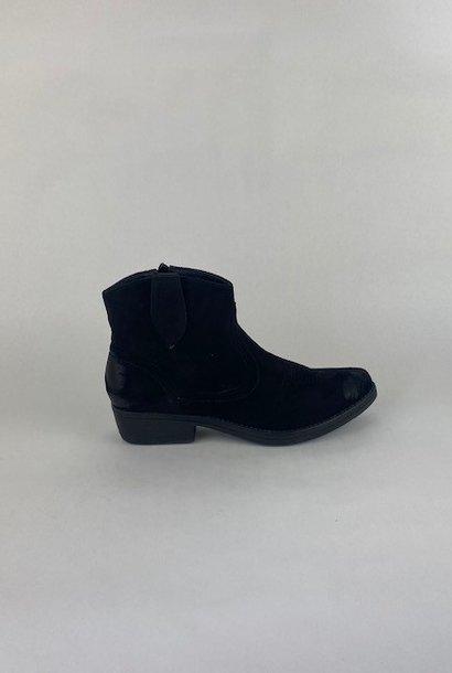 Cewe ankle cowboy boots Black