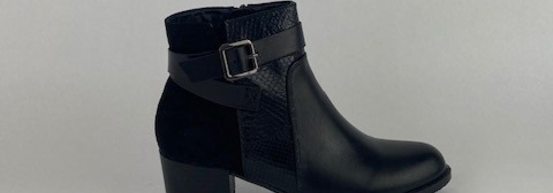Nymhe boots Black