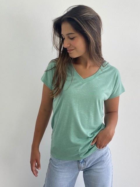 Lovëa essential t-shirt Green-1
