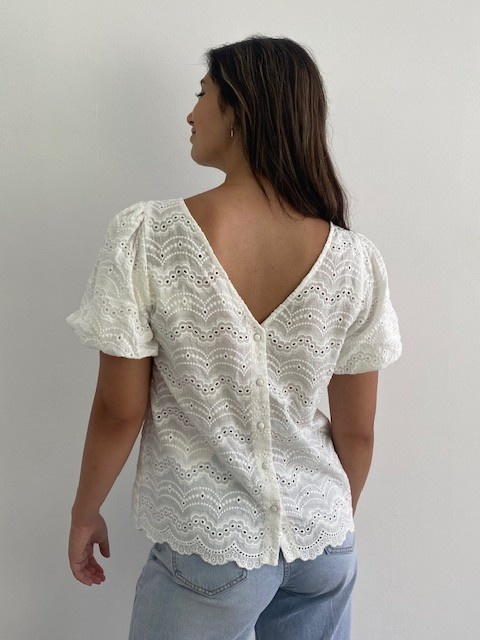 Renata s/s broderie ballonsleeve blouse White-2